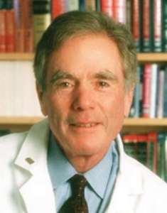 Ralph Snyderman MD